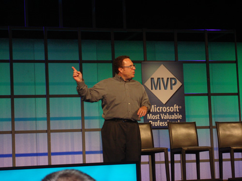 SQLAuthority News - MVP Summit 2009 - Day 1 - Summit Welcome and Keynotes DSC03493