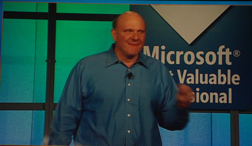SQLAuthority News - MVP Summit 2009 - Day 4 - Keynote of Steve Ballmer DSC03718