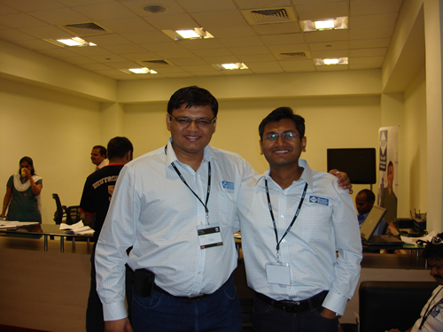 SQLAuthority News - TechEd India 2009 - Day 2 - In-Person Meeting with Industry Leaders - Community Party DSC04095