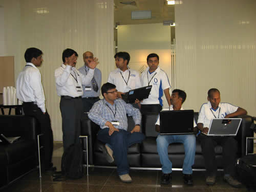 SQLAuthority News - TechEd India 2009 - Day 1 - Authors Tech Session - SQL Server Cheat Sheet - Meeting Great People comjam