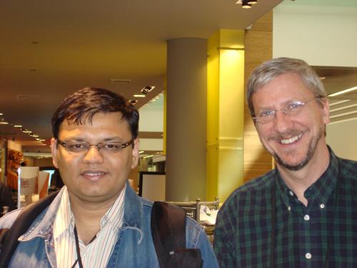 SQLAuthority News - MVP Summit 2009 - Day 2 - Most Contributing MVP of Year DSC03587