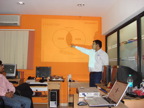 SQLAuthority News - Launch of Gandhinagar SQL Server User Group MarchUG2