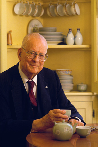 Professional Development - Dr W. Edwards Deming's 14 Principles on Total Quality Management deming