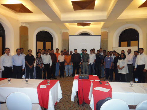 SQLAuthority News - SQL Server Performance Optimizations Seminar - Grand Success - Colombo, Sri Lanka - Oct 4 - 5, 2010 SriLankaSeminar (1)