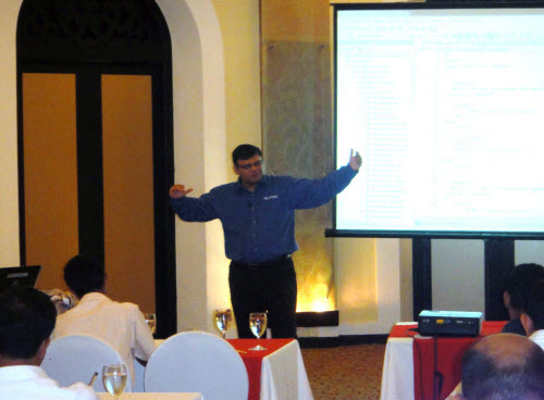 SQLAuthority News - SQL Server Performance Optimizations Seminar - Grand Success - Colombo, Sri Lanka - Oct 4 - 5, 2010 SriLankaSeminar (4)
