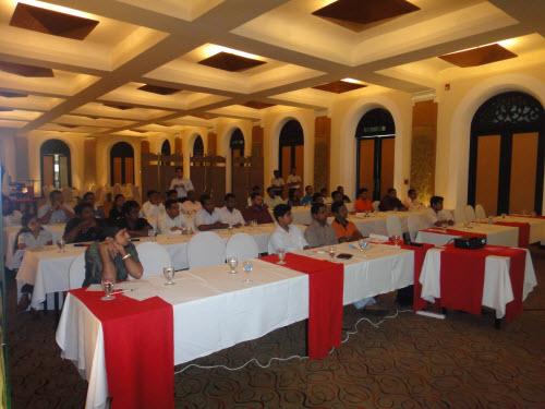 SQLAuthority News - SQL Server Performance Optimizations Seminar - Grand Success - Colombo, Sri Lanka - Oct 4 - 5,2010 SriLankaSeminar (5)