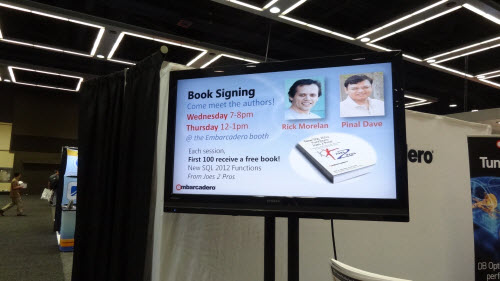 SQLAuthority News - #SQLPASS 2012 Book Signing Photos booksign (4)